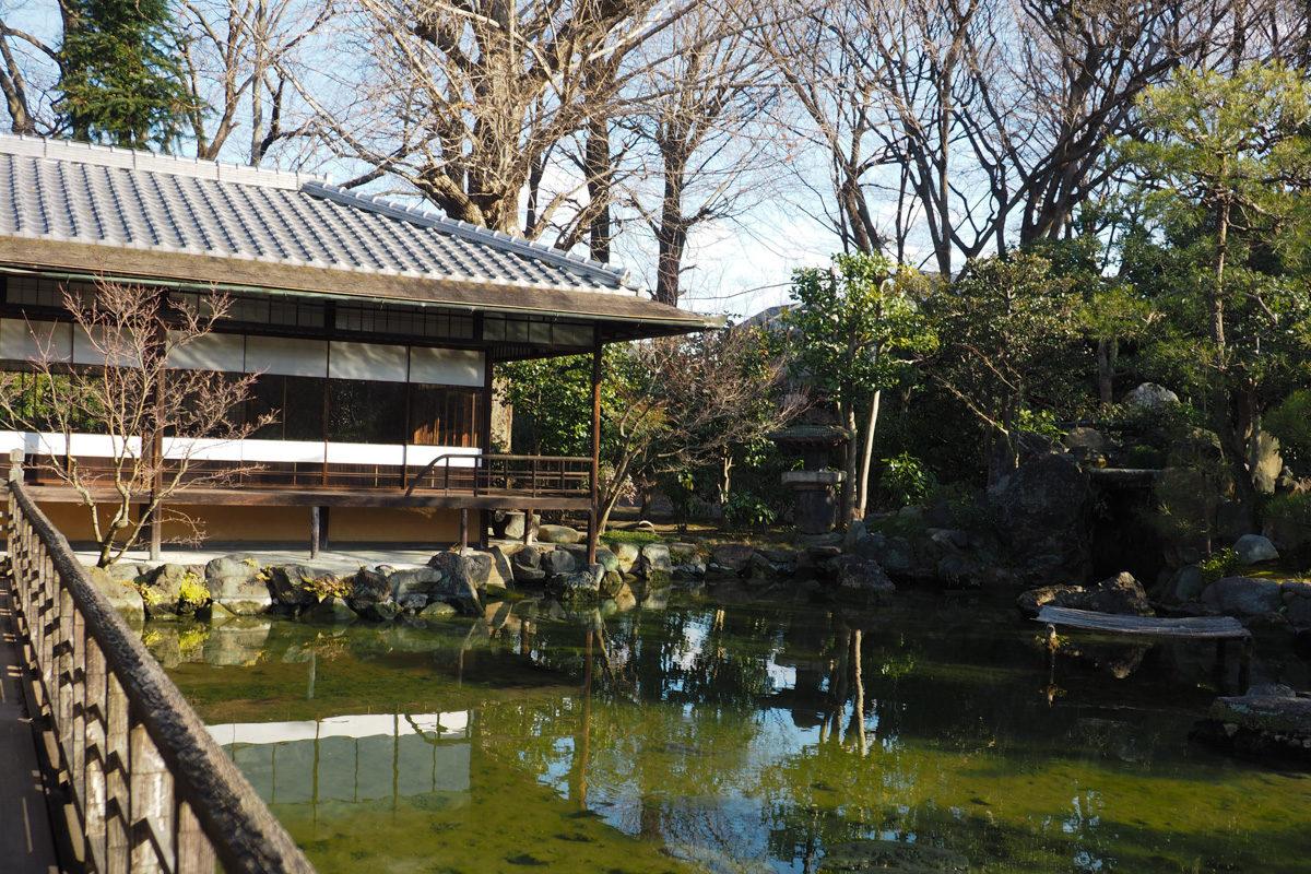 東本願寺池