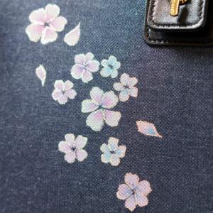 薄紅青紫舞い小桜