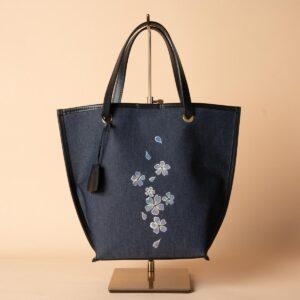 Boat-shaped mini tote bag | Yellow-purple pattern gold-colored kuri (one item)