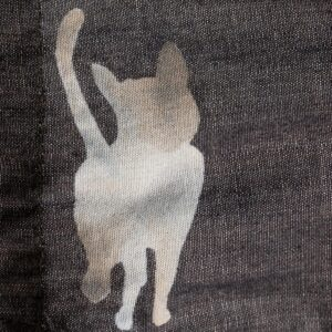 京友禅染めデニムマスク 猫文様 ( 裏:抗菌・抗ウィルス加工)(1点もの)